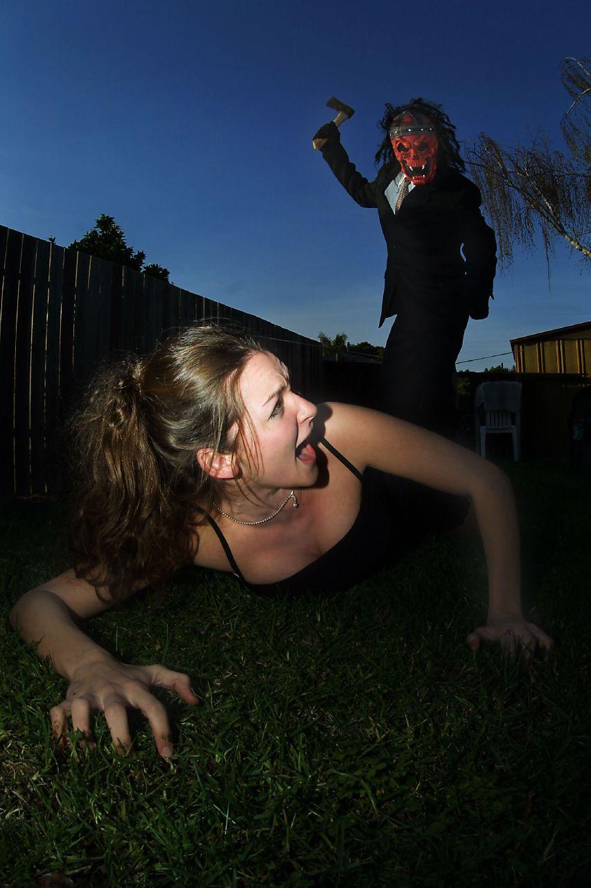 Смотреть маньяк насилует жертв 12 фотография
